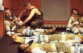 9名死囚被送往太空