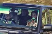 90岁老奶奶无照驾驶长达70年却没有人敢开单因为她一开车窗大家都只能跪