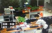 【郑州】男子不惧高清监控 趁人上厕所大胆盗窃