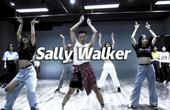高能翻跳《Sally Walker》