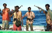海盗把军舰当成货船遭反击