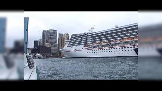 悉尼港、歌剧院