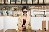 成都女孩15岁起喝遍全球1000家咖啡馆,19岁成为网红店主!