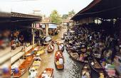 泰国不可不知的水上市场