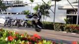 德国红牛特技车手驾驶宝马800特技车访问曼谷车厂