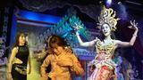 不是我的生活02: 和Ladyboy同台演出   逛夜市  是种什么体验?