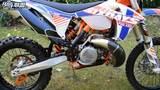 重量不到100公斤,实拍KTM 250 EXC启动声浪