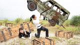 绝地求生真人版:98k妹子带菜鸟埋伏山顶,却遭敌人的盒子灭队
