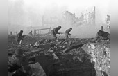傳奇狙擊手擊斃225名敵軍
