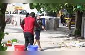国外恶搞,男子打了个打喷嚏,把路旁两个塑料桶都喷翻了