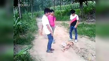 狗万体育资讯_最新搞笑视频,看这个小孩被整的,世界上有鬼的证据-搞笑视频 ...