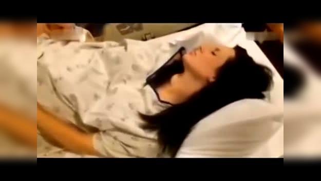 女人分娩科教片视频_实拍女性生孩子视频全部过程-新闻视频-搜狐视频