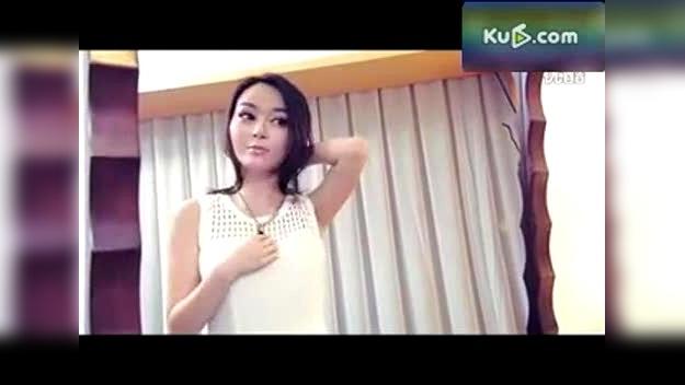 搞笑视频短片_极度享受美女换衣全过程[搞笑视频短片]-原创视频-搜狐视频