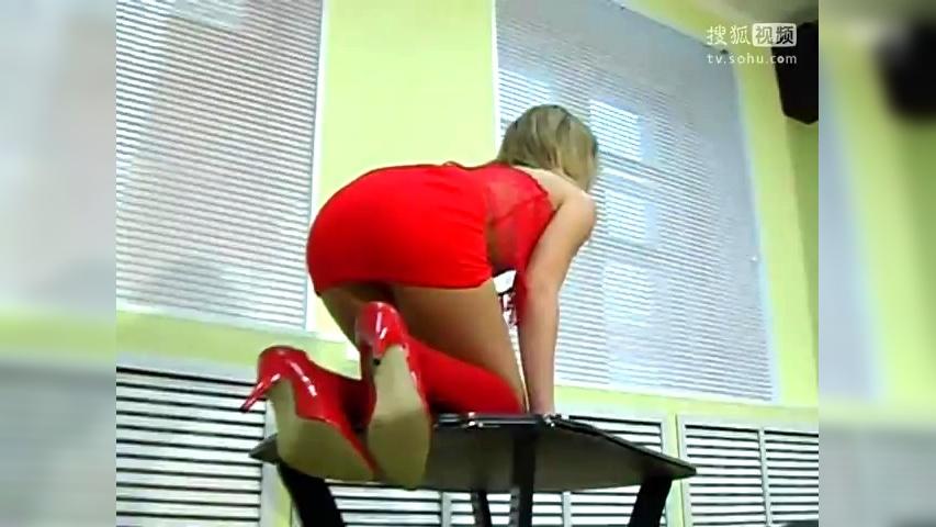 西洋美妞Vladmodels.ru 04-原创视频-搜狐视频: http://my.tv.sohu.com/us/50333101/66524072.shtml