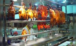 18元烤鸭调查:给鸭子药补 养殖户从不吃