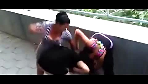国外女子打架视频_外国 女人打架-新闻视频-搜狐视频