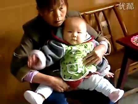 20101013宝宝讲话尿尿了-搞笑视频-搜狐视频