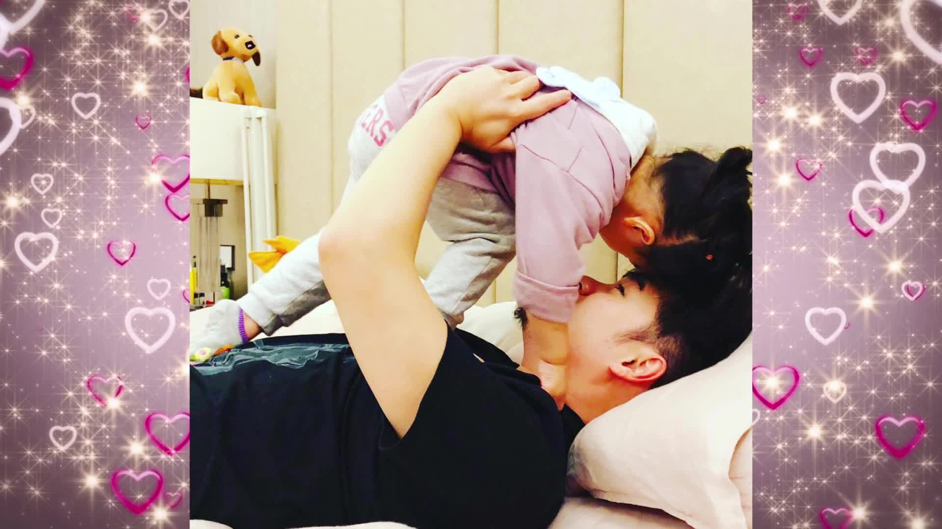 陈赫与娃互动父爱爆棚安安站高层肚子上玩耍爸爸内参视频图片
